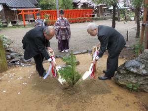 春日神社 植樹祭を行いました