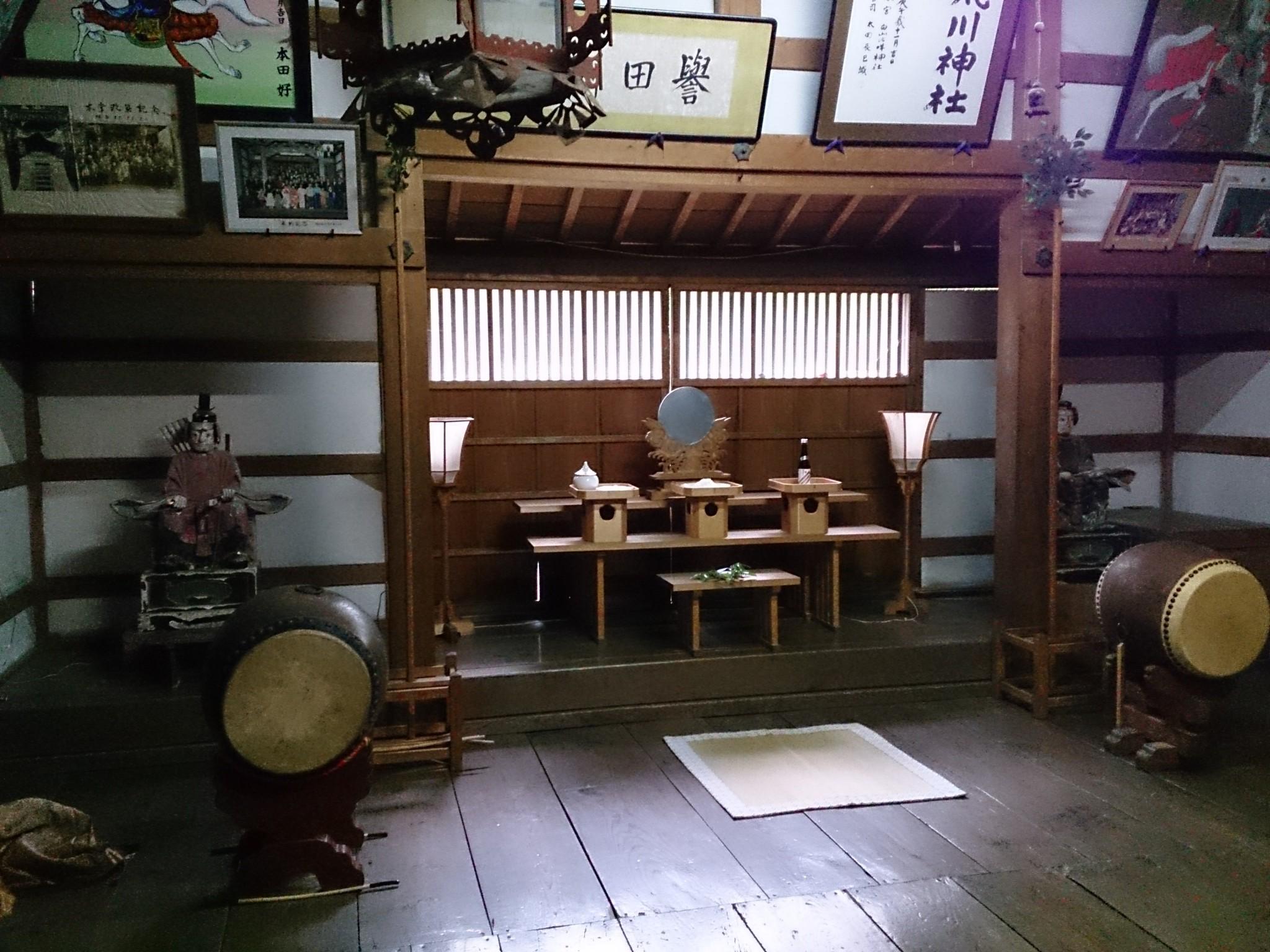 平成25年荒川神社拝殿 アイキャッチに使用